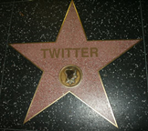 2f20132f092fTwitter-Hollywood-Star2
